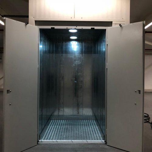 basic cargo lift